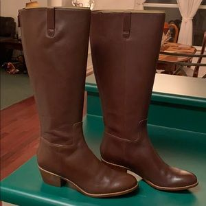 New in box Cole Haan size 8 boots